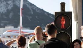 Acceso a Gibraltar por la verja y aeropuerto. Foto Sergio Rodríguez