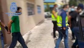 Tres detenidos en Algeciras dedicados al robo en interior de vehículos