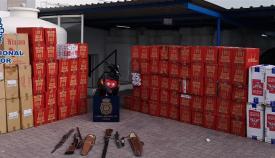 Parte del cargamento intervenido por la Policía