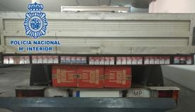 El tabaco de contrabando estaba en el doble fondo de una furgoneta