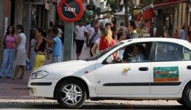 La Policía Local de Algeciras estrecha el cerco a los taxis piratas