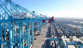 Terminal de contenedores en el puerto de Algeciras
