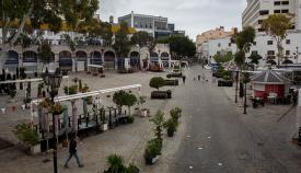 Terrazas cerradas en la plaza de Casamatas. Foto Sergio Rodríguez