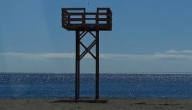 Torre de vigilancia en una playa de La Línea