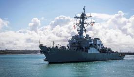 El 'USS Arleigh Burke'' entrando en la base de Rota, ayer domingo. Foto US Navy/ Sexta Flota