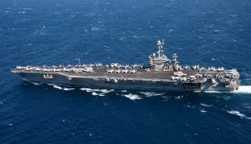 El portaaviones 'Harry S. Truman' a su paso por el Estrecho. Foto U.S. Naval Forces Europe-Africa/U.S. Sixth Fleet