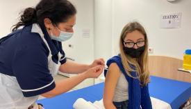 El GHA vacuna a los jóvenes. Foto GHA