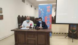 Javier Vidal y Juan Franco, esta mañana en rueda de prensa. Foto: lalínea.es