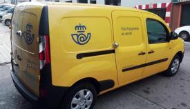 Uno de los vehículos eléctricos de la compañía. Foto: Correos