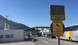 Verja de La Línea, de cuyo paso depende la economía de Gibraltar