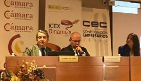 Antonio Sanz junto a Javier Sánchez Rojas, esta mañana en Jerez