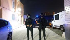 Agentes de la Policía Nacional durante el operativo. Foto: Interior