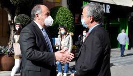 Los alcaldes de Algeciras y Estepona mantienen una reunión institucional