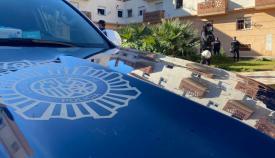Agentes de la Policía, esta mañana en la zona. Foto: Sergio Rodríguez