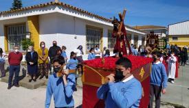El colegio 'Nuestra Señora de los Milagros' celebra una procesión