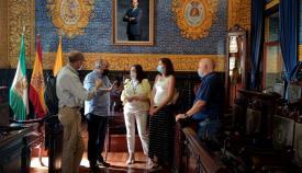 Landaluce recibe a la nueva secretaria general provincial de CCOO