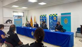 Inaugurado el curso de guías caninos y perros detectores de drogas en Algeciras