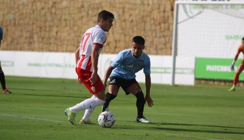 La Balona deja buena imagen tras igualar (1-1) frente al Almería en Marbella