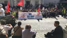Picardo (abajo a la derecha), en la manifestación de Unite. La foto es de GBCNews