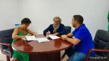 El Ayuntamiento y José Chamizo renuevan por cuatro años más la exposición sobre el ex Defensor del Pueblo andaluz en la Casa Urrutia