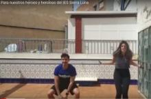 Profesores del Sierra Luna animan a sus alumnos a través de un vídeo