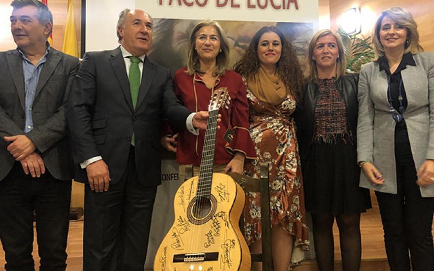 La Junta apuesta por el encuentro internacional de guitarra Paco de Lucía