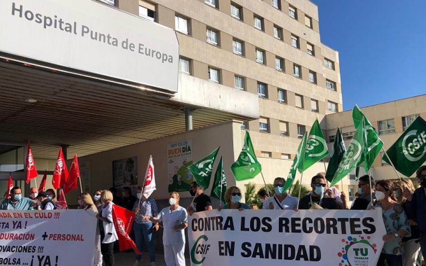 El sindicato CSIF clama contra la reducción de 8.000 profesionales en el SAS