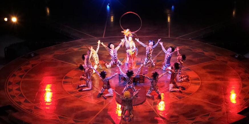 Una de las actuaciones del Circo del Sol